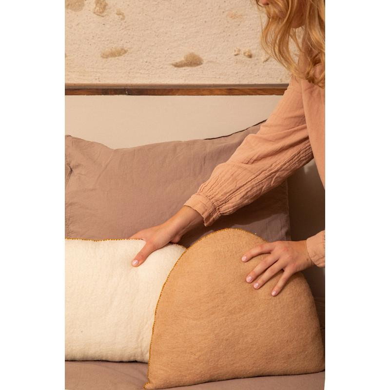 BALL POUF